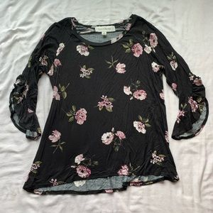 💕3/$25💕 French Laundry Black Floral Blouse M